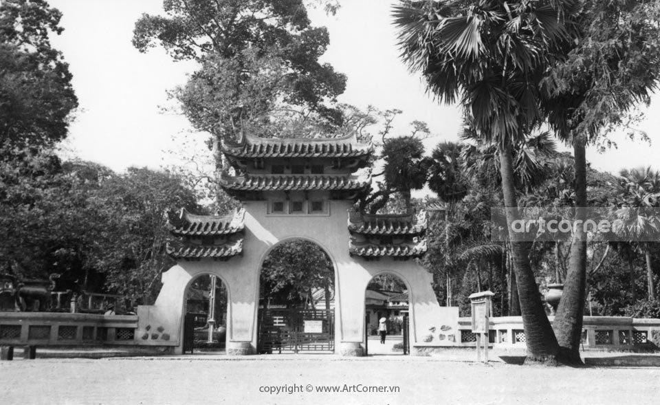 Sài Gòn xưa - The main entrance to Lê Văn Duyệt mausoleum - Cổng chính Lăng Tả quân Lê Văn Duyệt - Sài Gòn - 1965