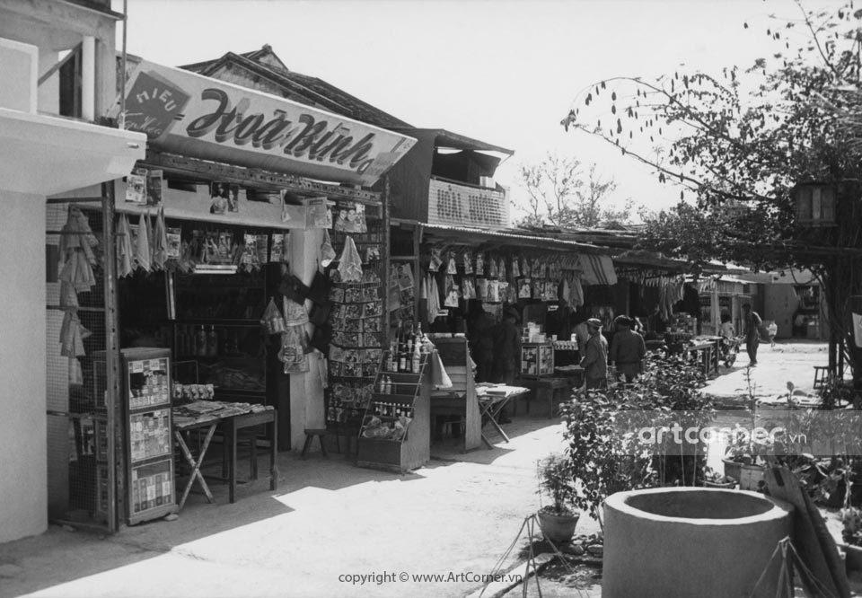 Nha Trang xưa - Đường phố Nha Trang - Street scene in Nha Trang - 1971