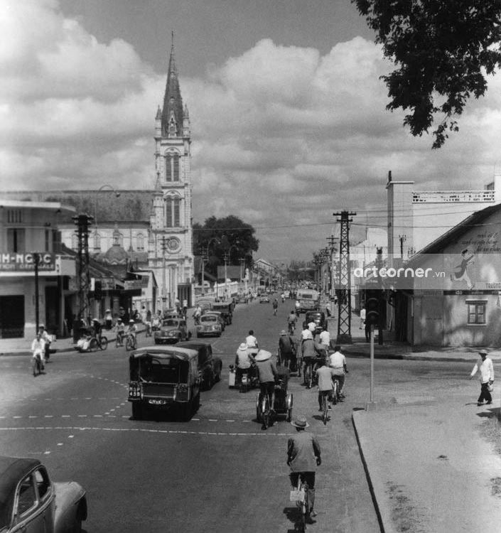 Sài Gòn xưa - Trưng Nữ Vương Street and Tân Định Church - Đường Trưng Nữ Vương và nhà thờ Tân Định - Sài Gòn - 1957