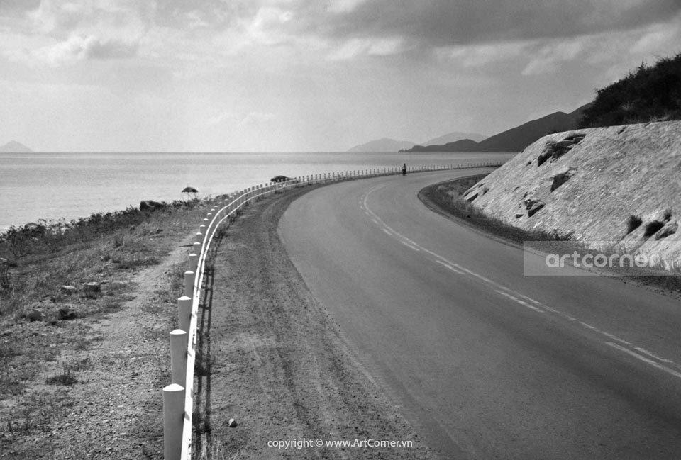 Nha Trang xưa - Cung đường đẹp ở Lương Sơn - Beatiful roads in Lương Sơn - Nha Trang - 1963