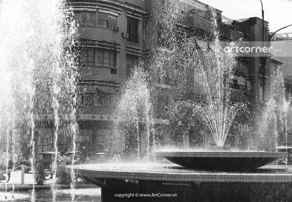 Sài Gòn xưa - Lê Lợi - Nguyễn Huệ crossroads - Bùng binh giao lộ Lê Lợi - Nguyễn Huệ - Sài Gòn - 1962