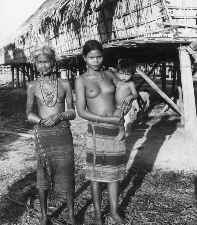 Đà Lạt xưa - Lạch's Houses - Nhà Sàn Của Người Lạch - Đà Lạt - 1956