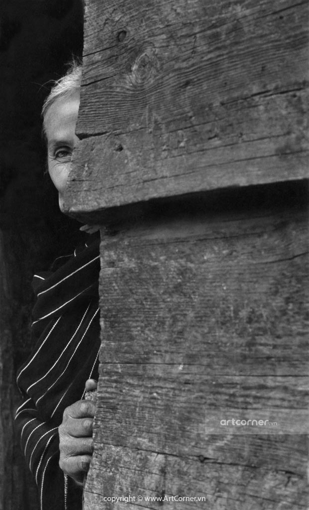 Đà Lạt xưa - The Lạch woman in Đà Lạt - Phụ nữ Lạch ở Đà Lạt - 1970