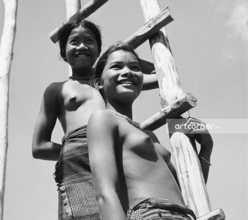 Đà Lạt xưa - Lạch Costumes - Trang Phục Phụ Nữ Dân Tộc Lạch - Đà Lạt - 1957