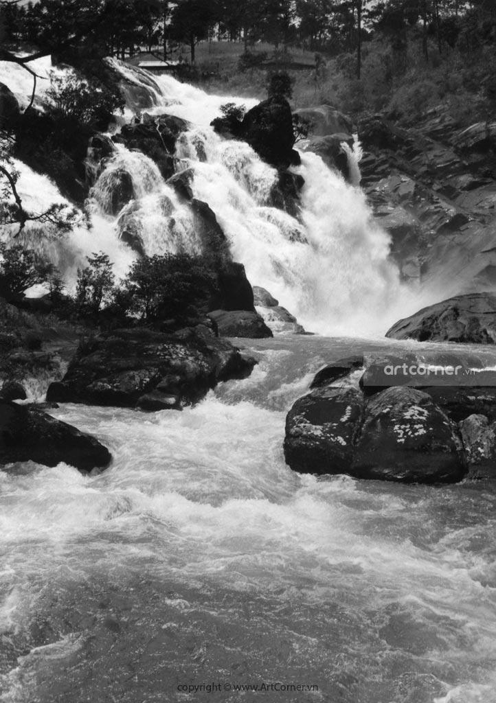 Đà Lạt xưa - Thác Ankroët - Ankroët waterfall - Đà Lạt - 1957