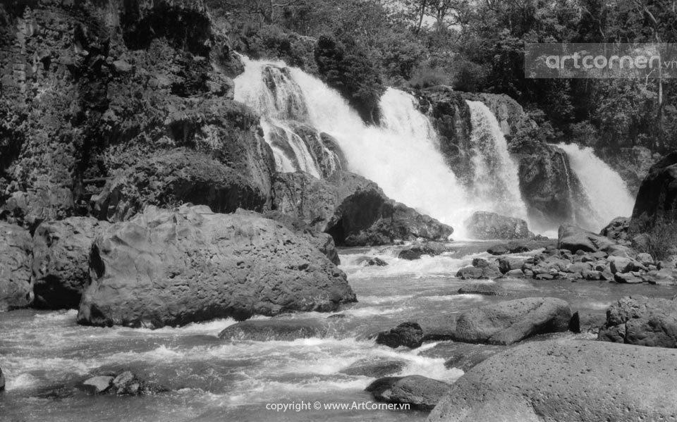 Đà Lạt xưa - Nét hoang sơ của thác Liên Khàng - Đà Lạt - 1950