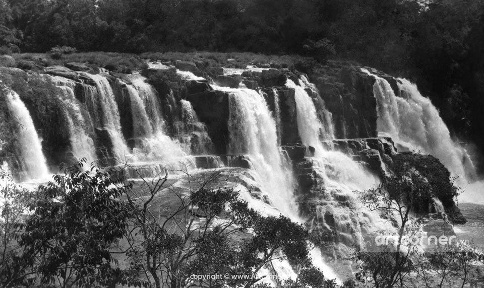 Đà Lạt xưa - Thác Pongour hùng vĩ - The Impressive Pongour Waterfall - Đà Lạt - 1957