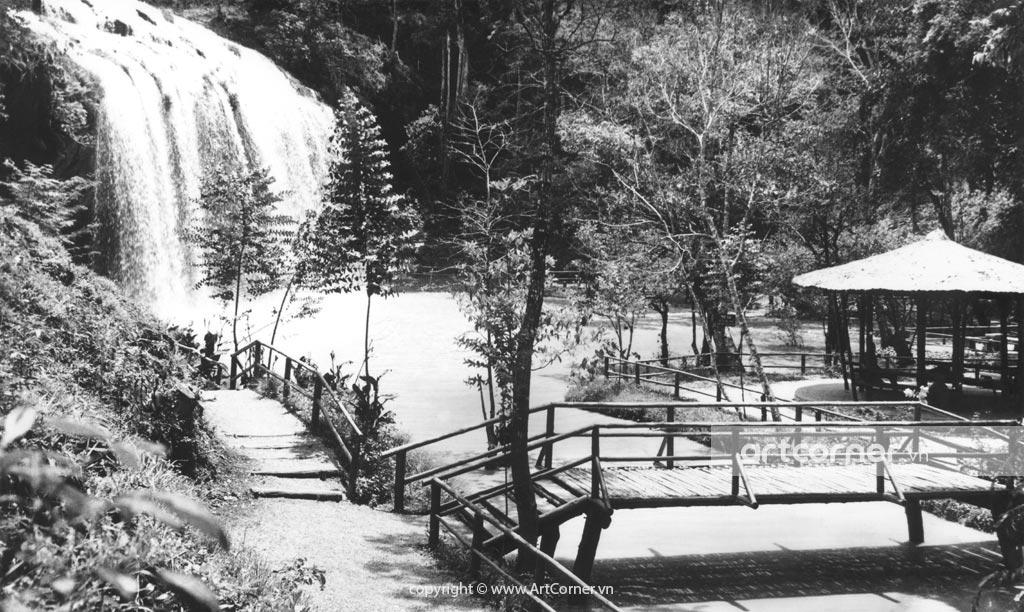 Đà Lạt xưa - Thác Prenn và Sở thú - Prenn waterfalls and Zoo -Đà Lạt - 1958