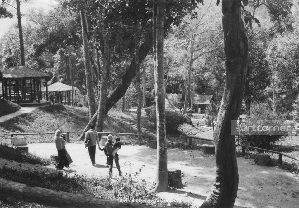 Đà Lạt xưa - Thác Prenn và Thảo cầm viên - Đà Lạt - 1958