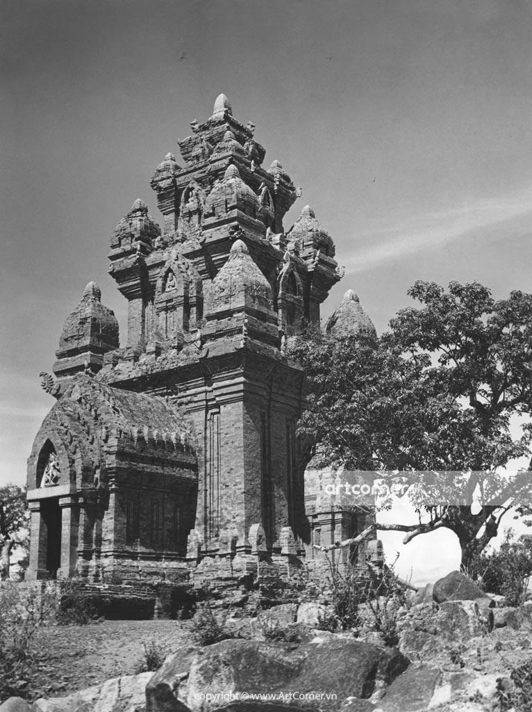 Hình ảnh Ninh Thuận xưa và nay - Tháp Po Klong Garai - Po Klong Garai Temple Towers - Ninh Thuận - 1962