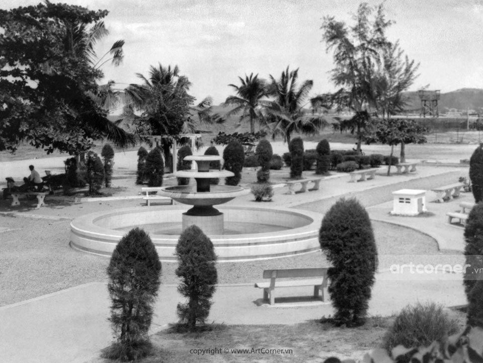Nha Trang xưa - Biển Nha Trang - Nha Trang Beach - 1967