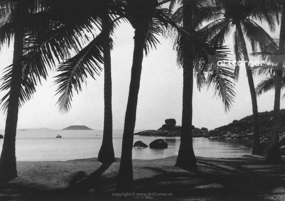 Nha Trang xưa - Hòn Chồng (A natural stone setting) - Nha Trang - 1959