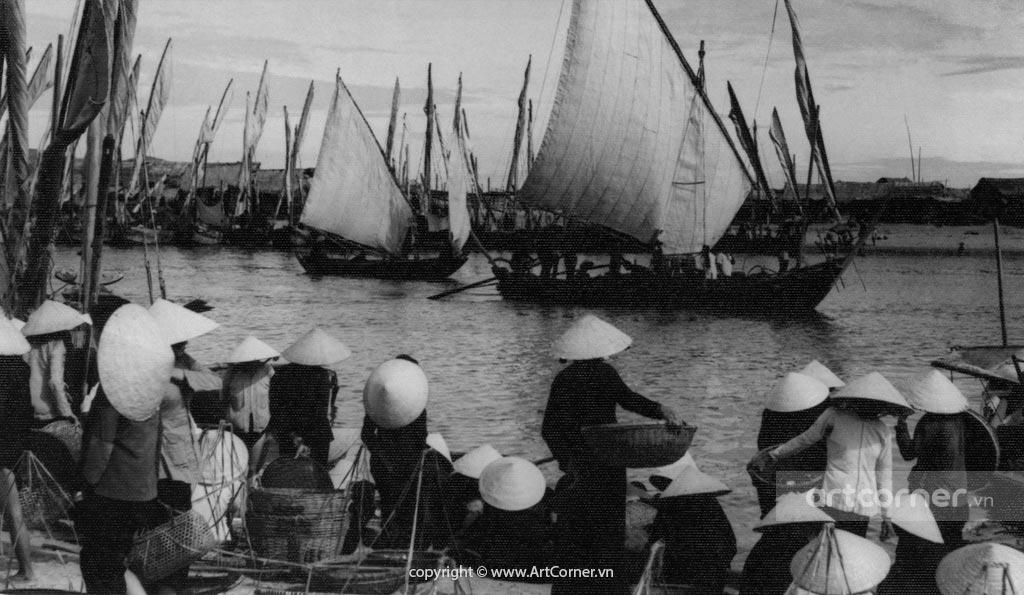 Nha Trang xưa - Quang cảnh lúc thuyền về - Nha Trang - 1955