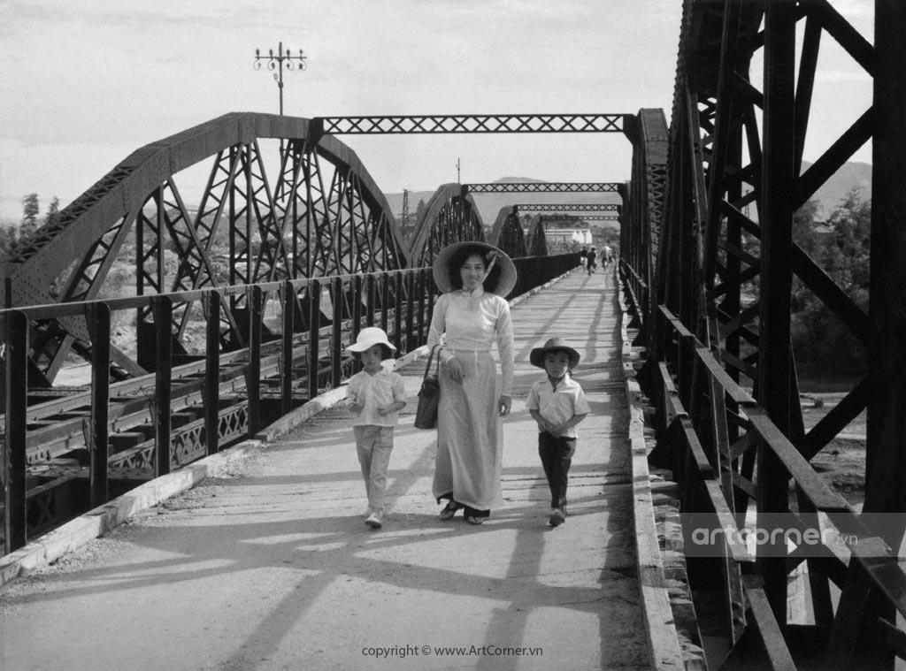 Ninh Thuận xưa - Xe lửa qua cầu Mống - Ninh Thuận - 1959