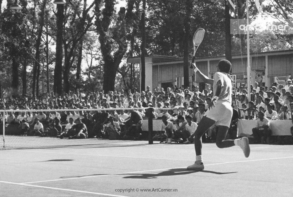 Sài Gòn xưa - Thi đấu quần vợt trong Câu lạc bộ Thể thao Sài Gòn - Tennis tournament at Saigon Sports Club - Thập niên 1960.