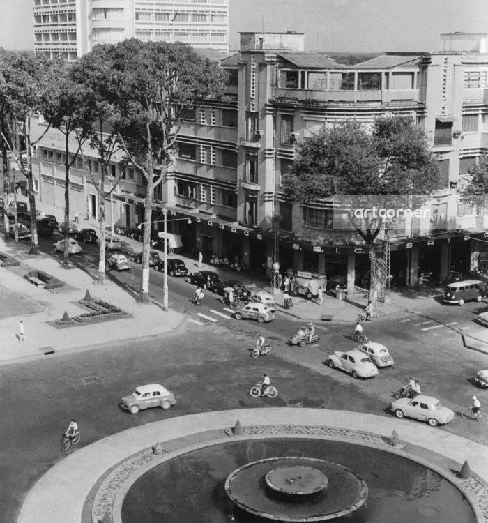 Sài Gòn xưa - Bùng binh giao lộ Lê Lợi-Nguyễn Huệ - Lê Lợi-Nguyễn Huệ crossroads - Sài Gòn - 1961