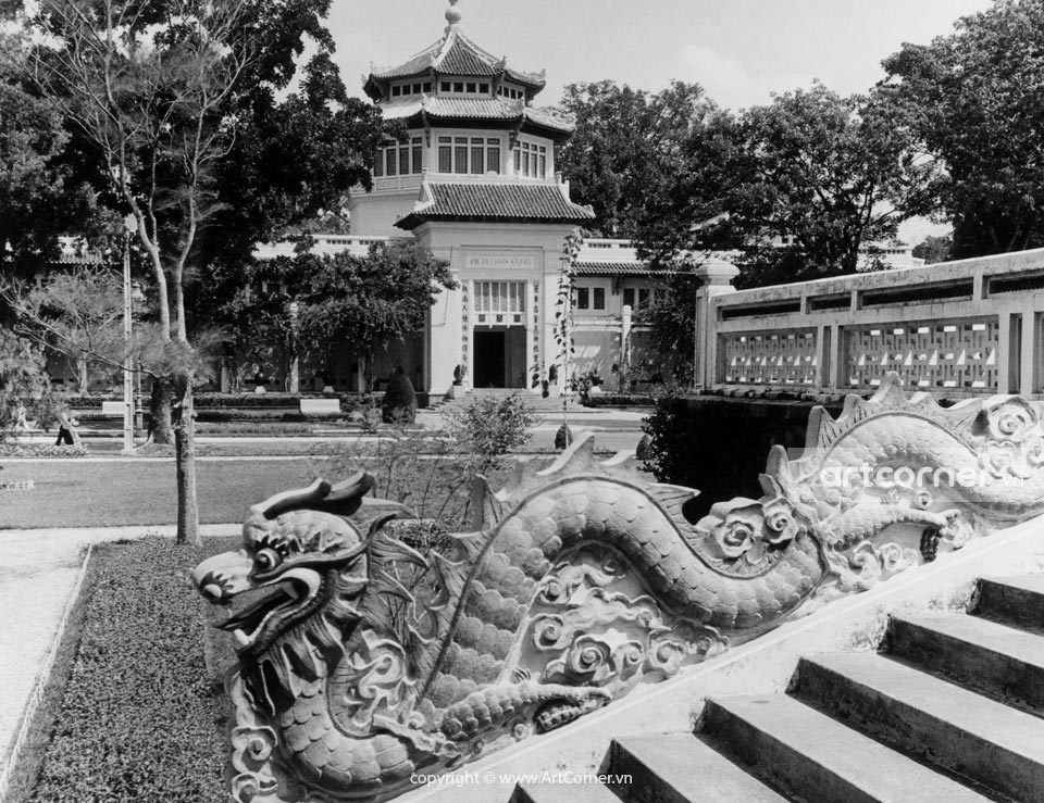 Sài Gòn xưa - Viện Bảo tàng và Đền Hùng Vương - The National Museum and King Hùng Temple - Sài Gòn - 1957