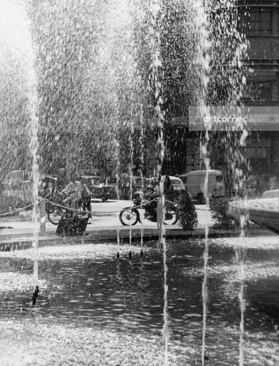 Sài Gòn xưa - Bùng binh giao lộ Lê Lợi-Nguyễn Huệ - Lê Lợi-Nguyễn Huệ crossroads - Sài Gòn - 1962