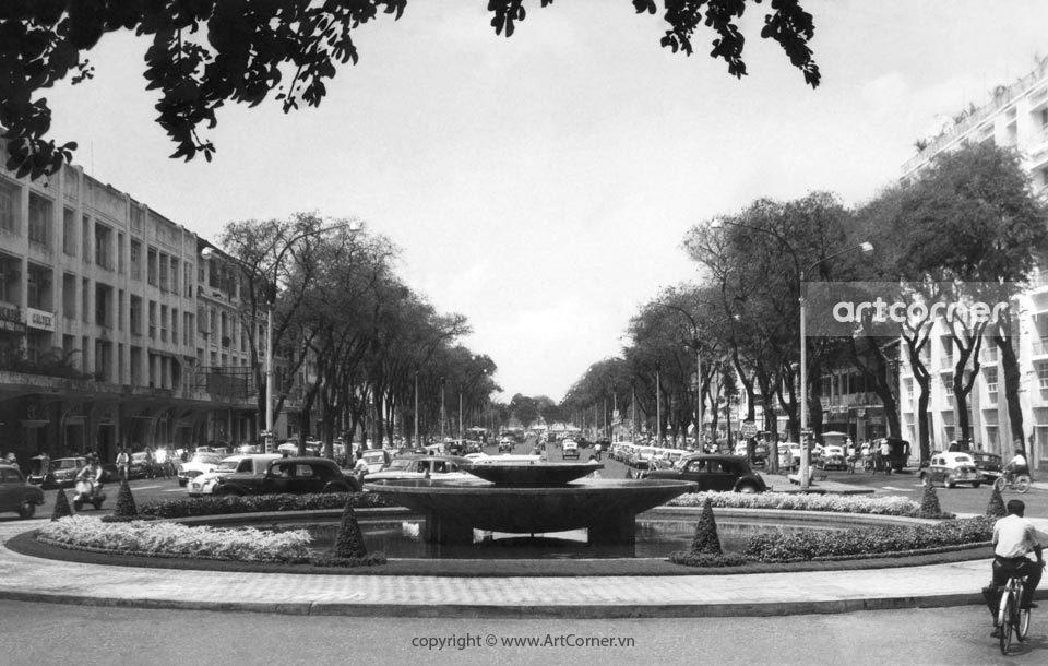 Sài Gòn xưa - Ngã tư Bồn Kèn, bùng binh giao lộ Lê Lợi-Nguyễn Huệ - Sài Gòn - 1962
